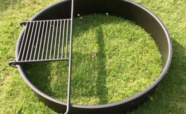 Bålsted diameter 142 cm og høyde 23 cm.